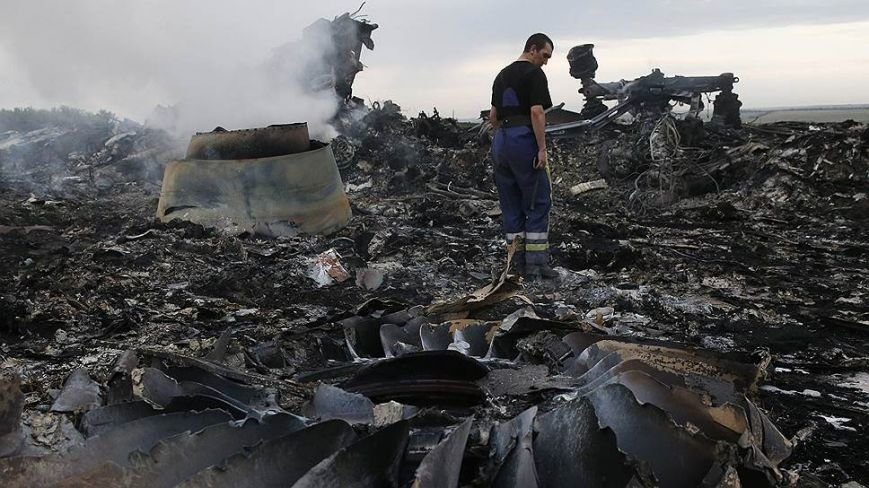 На месте авиакатастрофы пассажирского «Боинга» на Донетчине уже обнаружили тела 121 погибшего (ВИДЕО+ФОТО), фото-9