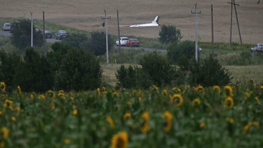 На месте авиакатастрофы пассажирского «Боинга» на Донетчине уже обнаружили тела 121 погибшего (ВИДЕО+ФОТО), фото-3