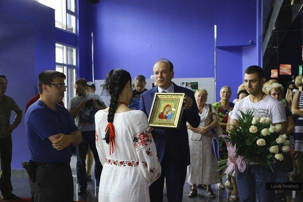 В Мариуполе фотохудожница  Ladna Kobieta представила колоритную Украину (ФОТО), фото-9