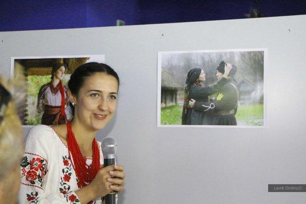 В Мариуполе фотохудожница  Ladna Kobieta представила колоритную Украину (ФОТО), фото-1