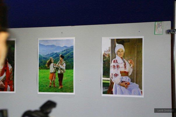 В Мариуполе фотохудожница  Ladna Kobieta представила колоритную Украину (ФОТО), фото-3