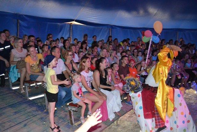 Рівне: 20 дітей зі східних областей відвідали цирк «Олімп» (Фото), фото-4
