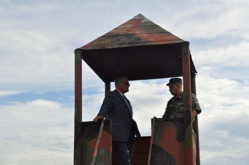 В Запорожье испытали на прочность передвижной блокпост для защиты украинской армии в зоне АТО (ФОТО, ВИДЕО), фото-8