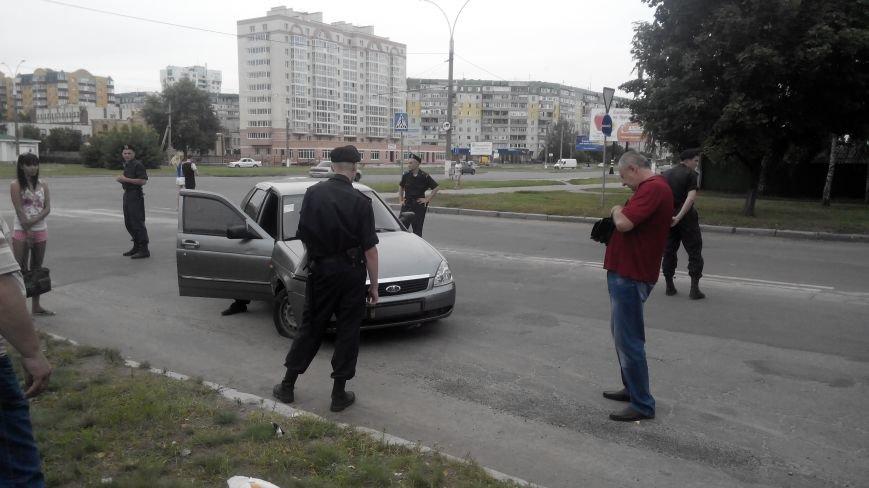 В Сумах на ул. Д. Коротченко пьяный водитель сбил велосипедиста и пешехода (ФОТО), фото-3