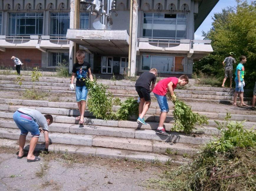 Сумчани убрали територию вокруг «Романтики» (ФОТО), фото-9