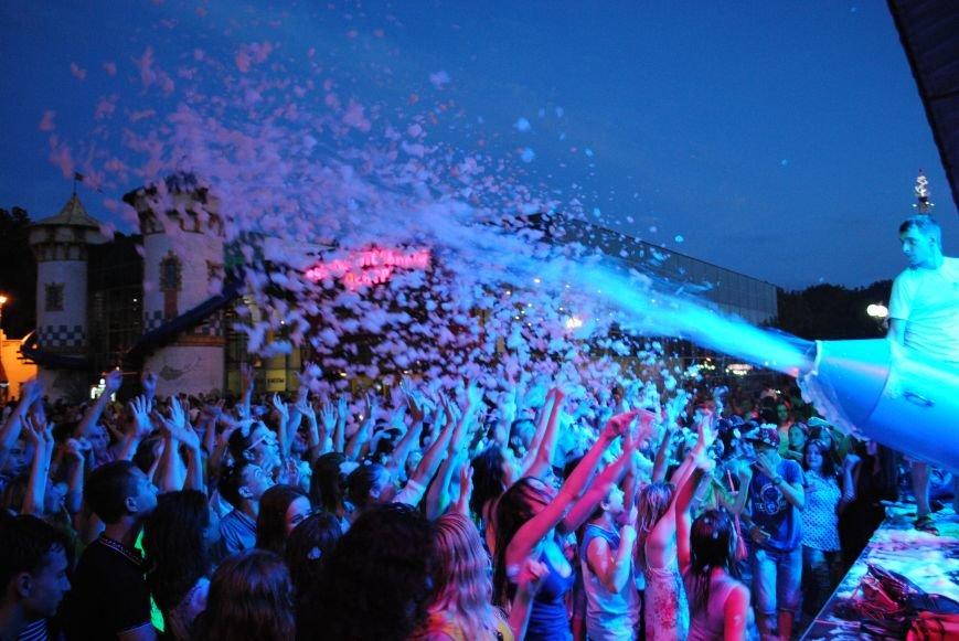 Как в парке Горького Праздник мыльных пузырей отмечали, фото-10