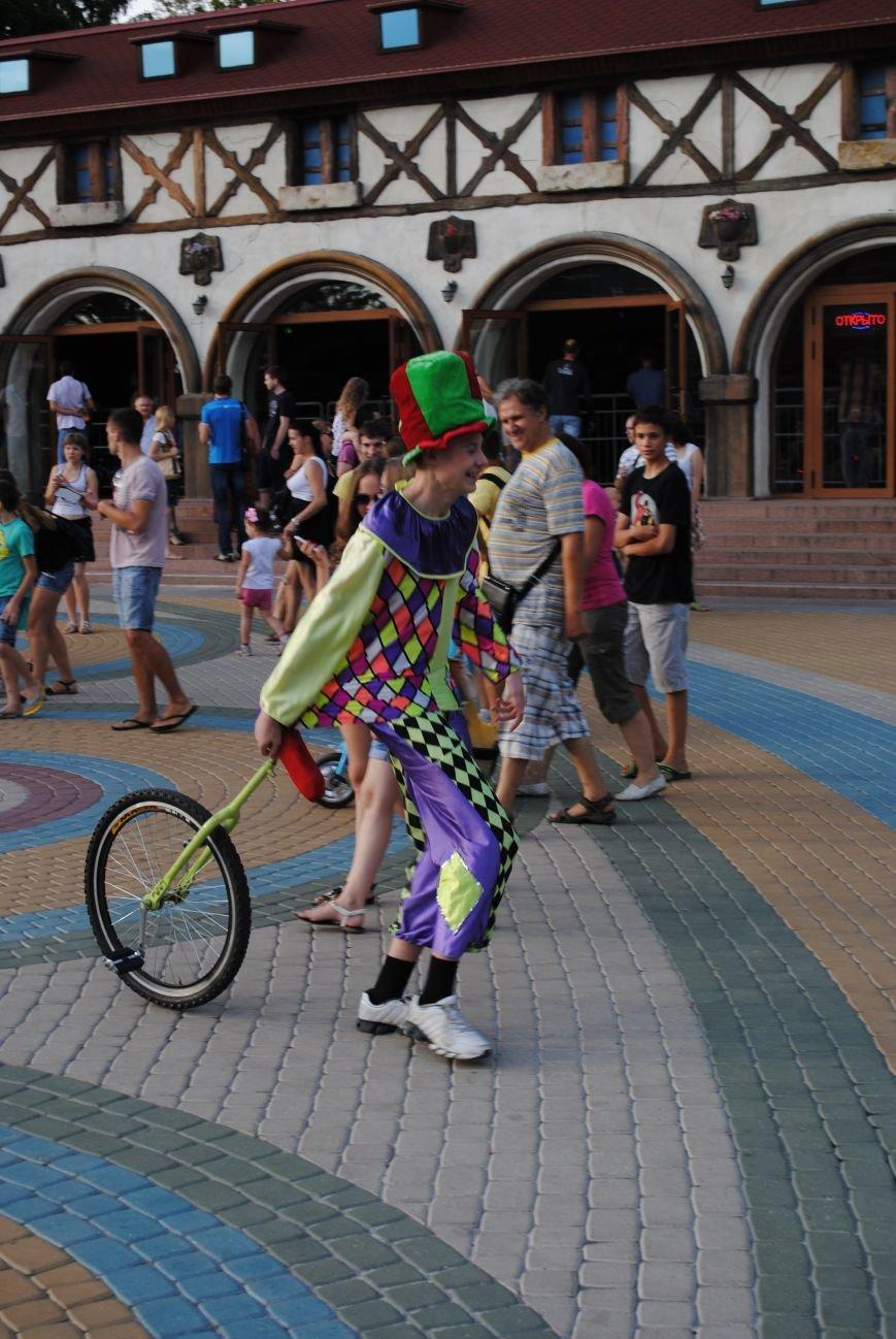 Как в парке Горького Праздник мыльных пузырей отмечали, фото-5