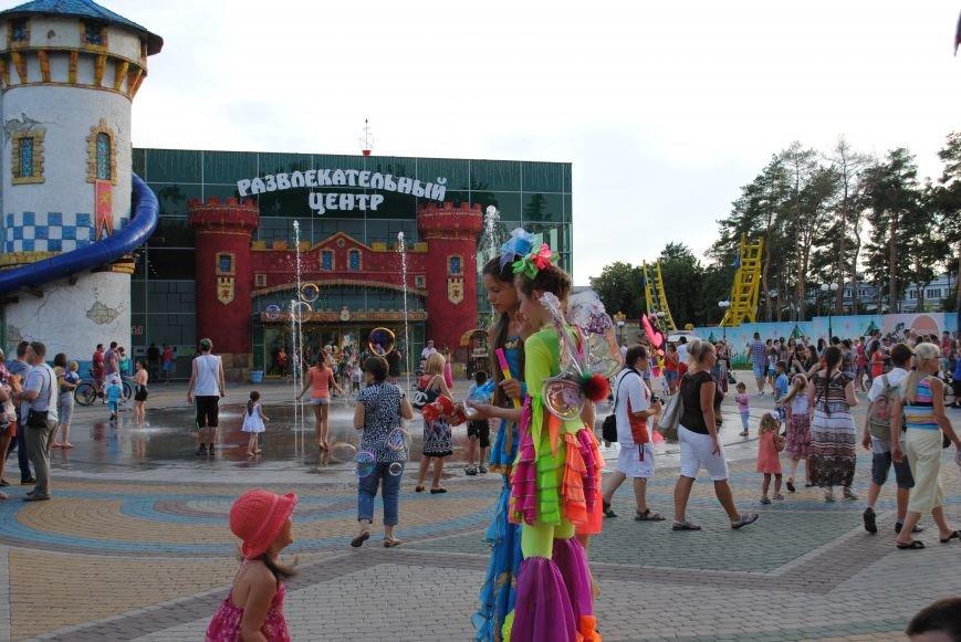 Как в парке Горького Праздник мыльных пузырей отмечали, фото-6