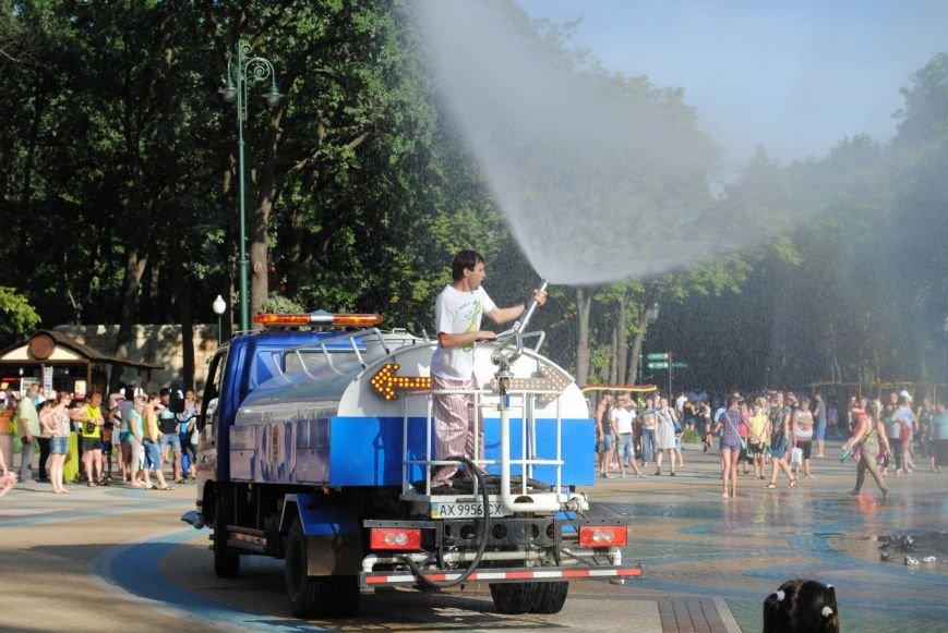 Как в парке Горького Праздник мыльных пузырей отмечали, фото-1