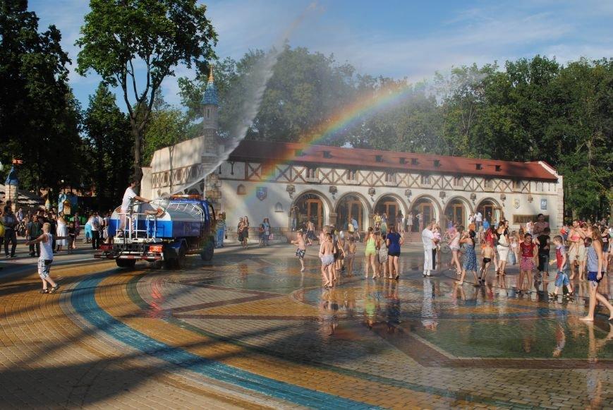 Как в парке Горького Праздник мыльных пузырей отмечали, фото-3
