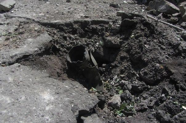 Терористи, яких сили АТО взяли у полон, «зливають» інформацію про стрільбу по мирному населенню Луганська (ФОТО, ВІДЕО), фото-2