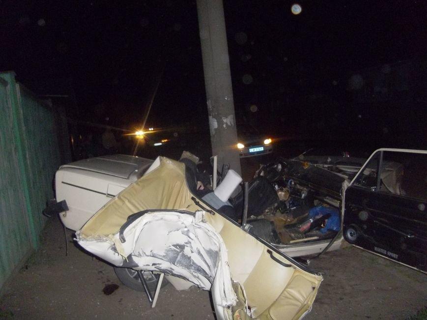 В Сумах на Барановке «шестерка» врезалась в столб. Водитель погиб (ФОТО), фото-1