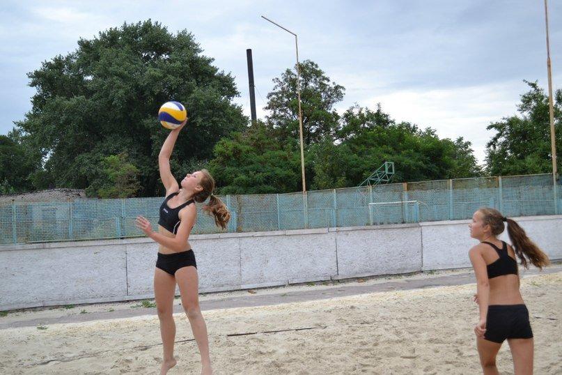 В Родинском прошел турнир по пляжному волейболу «Летние бабочки», фото-4