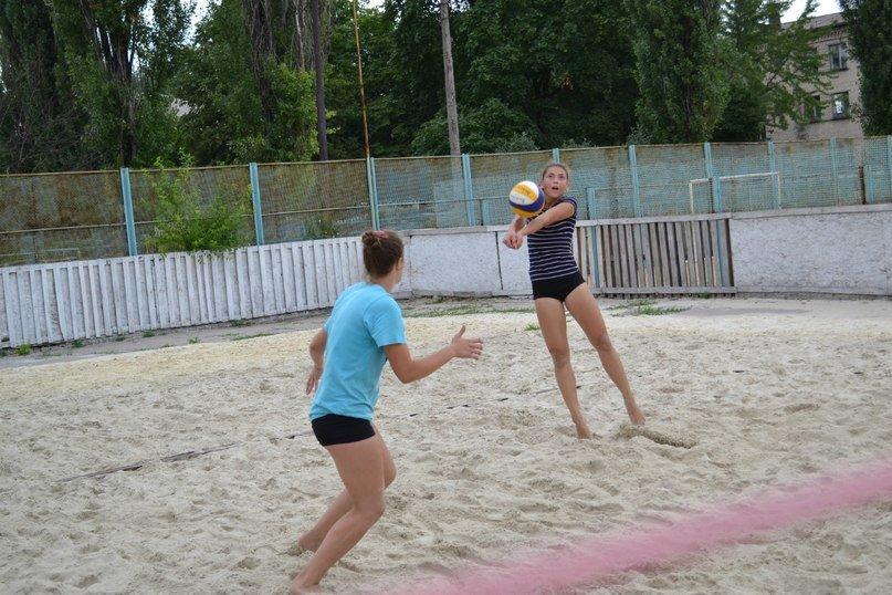 В Родинском прошел турнир по пляжному волейболу «Летние бабочки», фото-3