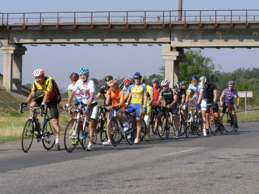 В Кривом Роге 70-летний велосипедист победил в групповой велогонке (ФОТО), фото-2