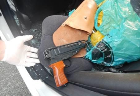 Запорожские правоохранители объявили подозрение задержанным в Киеве торговцам оружием, фото-1