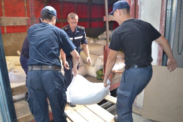 Із Рівного у Слов'янськ відправлено вантажівку із харчами (Фото), фото-2