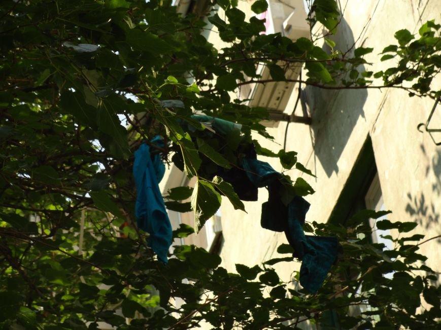 В Мариуполе с песней «Харе Кришна» девушка выбросилась из окна (ФОТО), фото-1