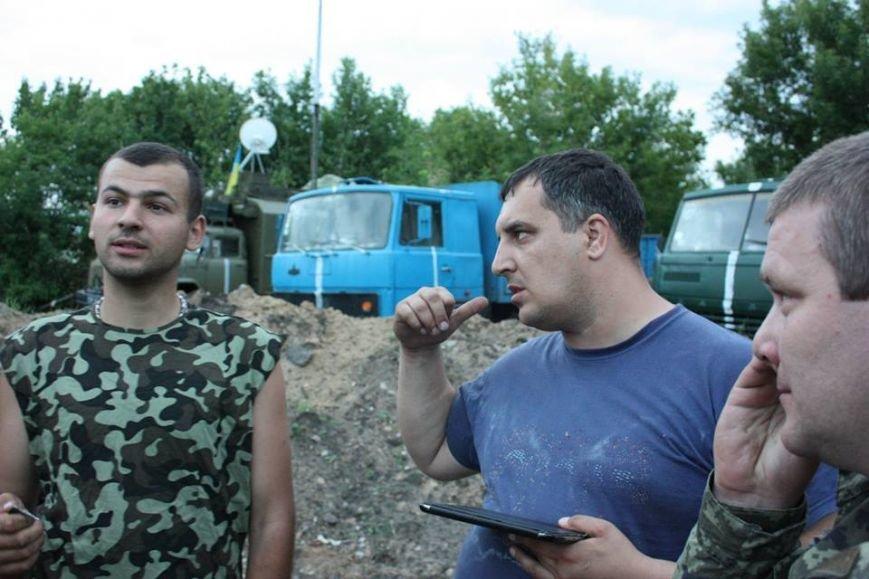 У Львові є пункт відправки передач до своїх рідних в АТО (ФОТО), фото-2