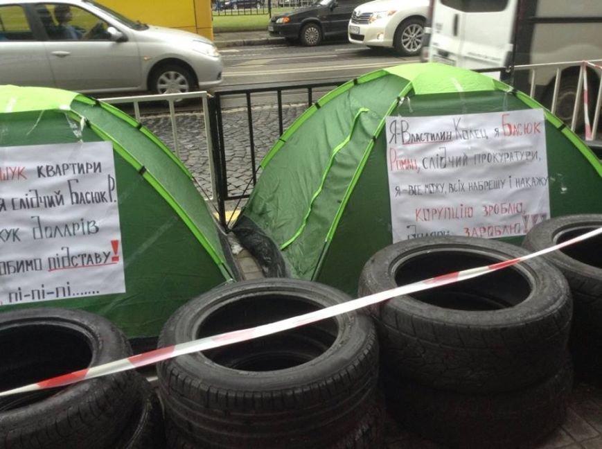 У Львові влаштували наметовий Майдан і принесли шини з бочками (ФОТО), фото-5