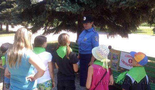 В Мариуполе дети и сотрудники ГАИ  сообщили, что «Лето красное – безопасное» (ФОТО), фото-3