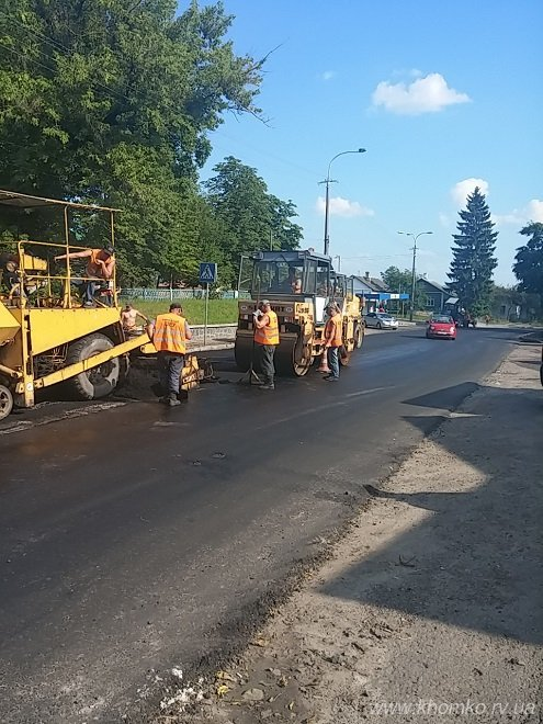 У Рівному на вулиці Чорновола заасфальтували дорогу (Фото), фото-4
