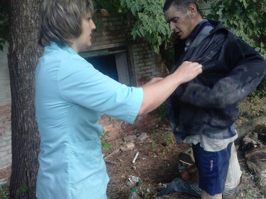 В Запорожской области пожарные вынесли из огня двоих, фото-1