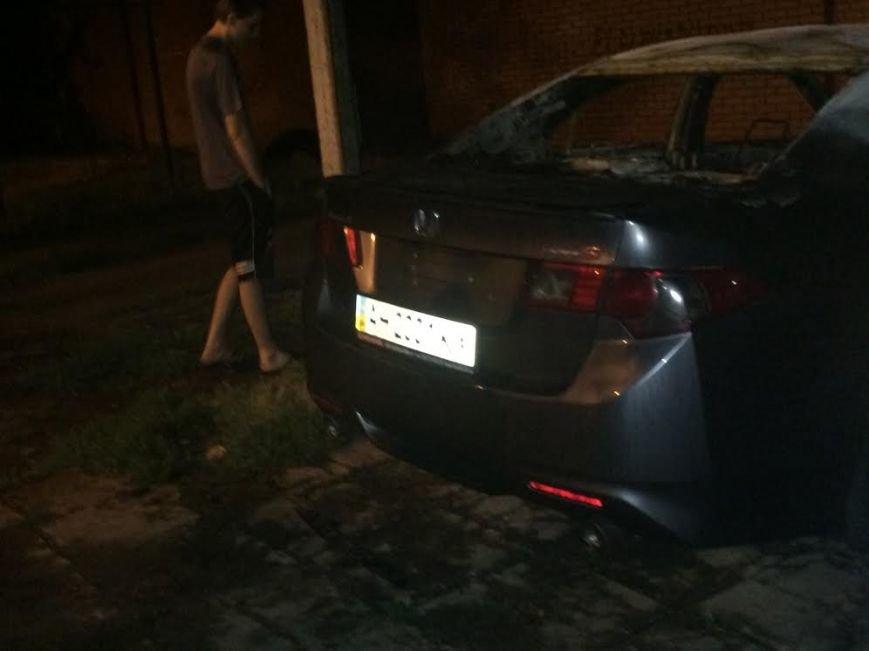 В Мариуполе  возле пр. Строителей стреляли, а потом подожгли «Хонду», бросив  коктейли Молотова (ФОТО), фото-13