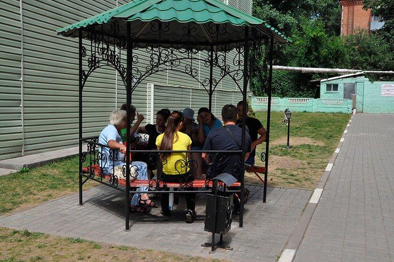 Украинские беженцы в Белгороде: «Жаль молодых ребят, и с той, и с другой стороны очень много гибнет» (фото) - фото 3