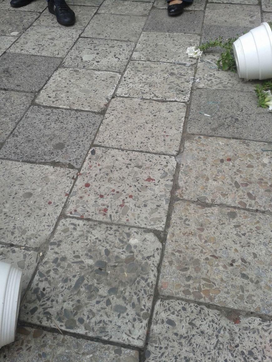 Небезпечні тераси: у Львові малюк порізав обличчя склом. Зараз його оперують (фоторепортаж), фото-5