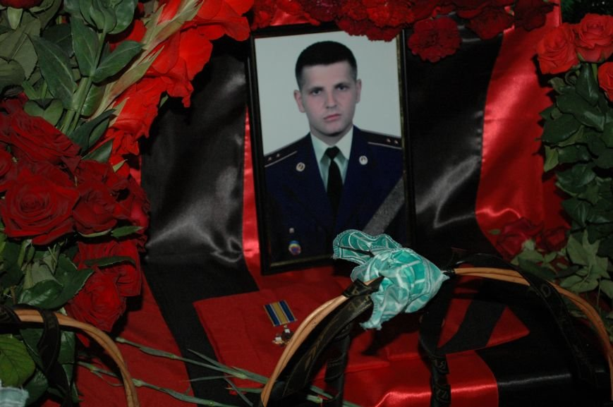 Запорожская область простилась с бойцами, погибшими в небе над Луганском (ФОТО), фото-15