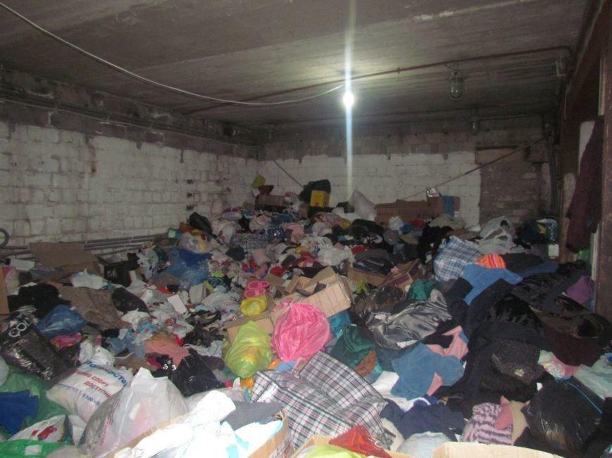В Мариуполе не хватает рук для помощи беженцам (ФОТО), фото-7