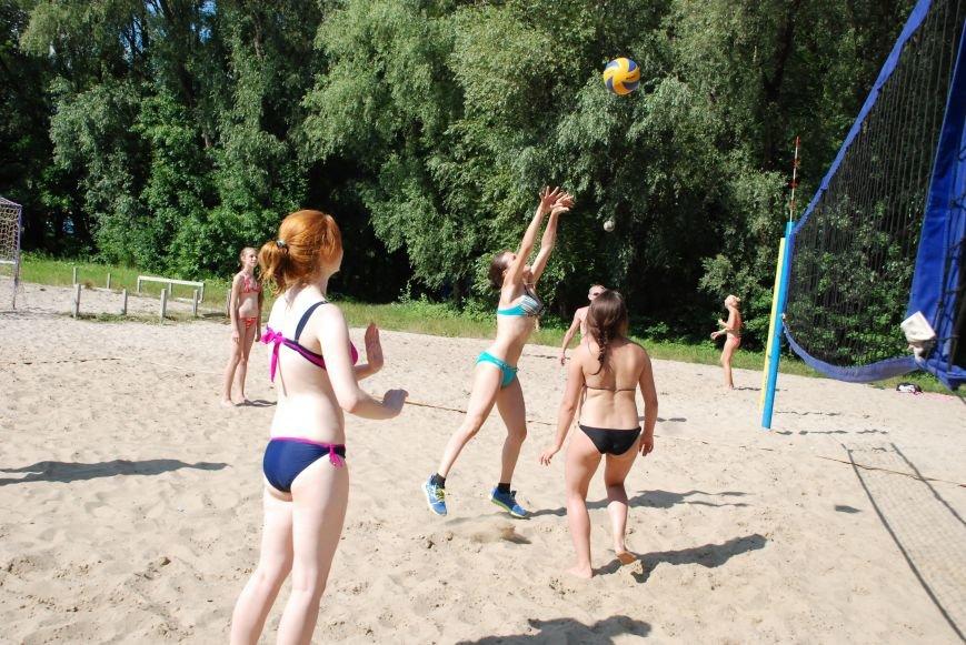 На черниговском пляже «Золотой берег» стартовала неделя здоровья, фото-16