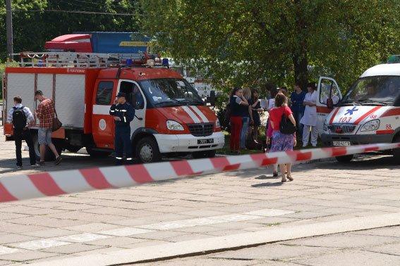 Правоохоронці розшукують зловмисників, які «заміновували» готелі у Львові із зони АТО (ФОТО), фото-2