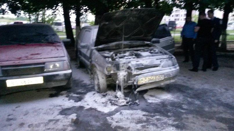 Вночі у Львові підпалили автомобіль (ФОТО), фото-1