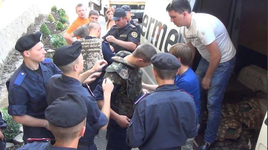 Бійці Нацгвардії у Львові отримали 20 бронежилетів IVрівня захисту, фото-1