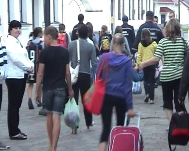 На Сумщину прибыли вынужденные переселенцы с Луганщины (ФОТО), фото-3