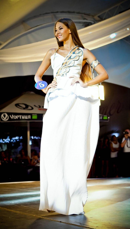 В Севастополе на конкурсе «Жемчужина Черного моря-2014» корону победительницы получила красавица из Татарстана Мария Колесникова, фото-8