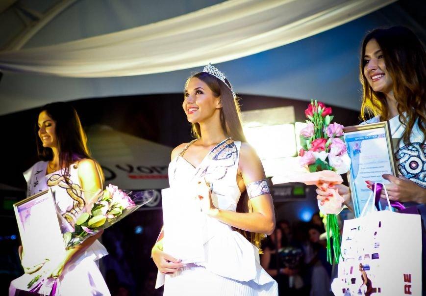 В Севастополе на конкурсе «Жемчужина Черного моря-2014» корону победительницы получила красавица из Татарстана Мария Колесникова, фото-12