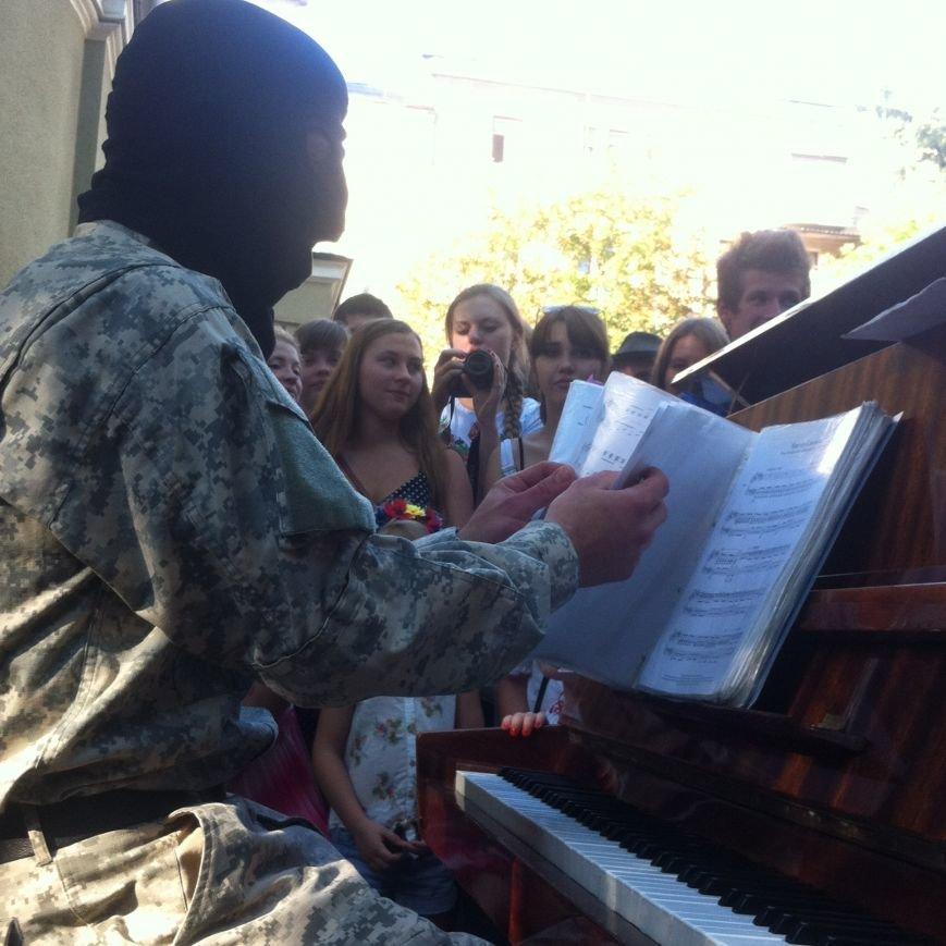«Пианист-экстремист» выступил в Харькове, фото-2