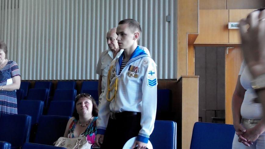 Сумской курсант, певший гимн Украины в оккупированном Крыму, поблагодарил чиновников за помощь (ФОТО), фото-2