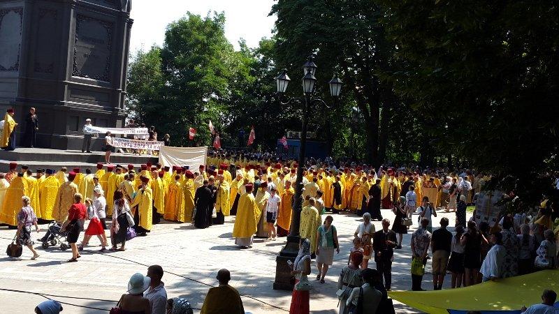 В Киеве 8 тысяч прихожан прошли крестным ходом по случаю празднования Крещения Руси-Украины (ФОТО, ВИДЕО), фото-5