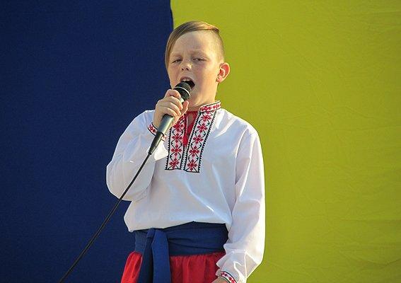 Под Киевом дети собирали деньги в помощь землякам-участникам АТО (ФОТО), фото-4