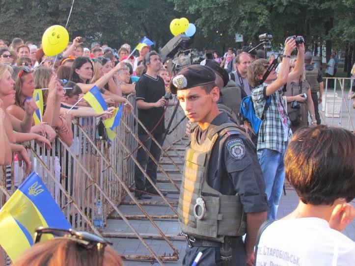 В Мариуполе стартовал концерт «В поддержку своих» (Дополнено, ФОТО), фото-3