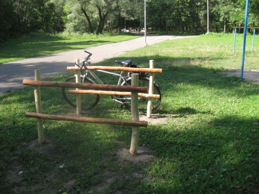 Эко-велопарковки появились в Чернигове, фото-12