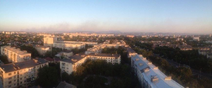 В Симферополе второй день горит свалка: дымом заволокло часть города (ФОТО), фото-4