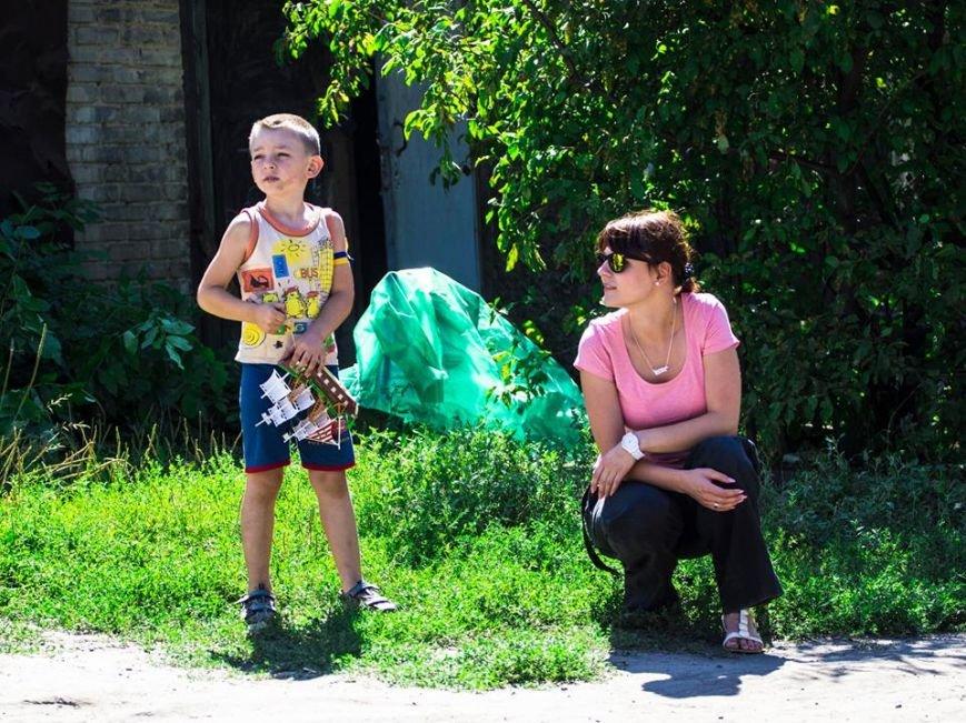 У Лисичанську посивів 5-річний малюк після того, як за ним гнались терористи та стріляли (фоторепортаж, ВІДЕО), фото-7