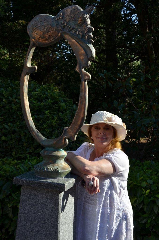 Клара Новикова открыла в Ялте памятник... своей шляпке (ФОТО), фото-8