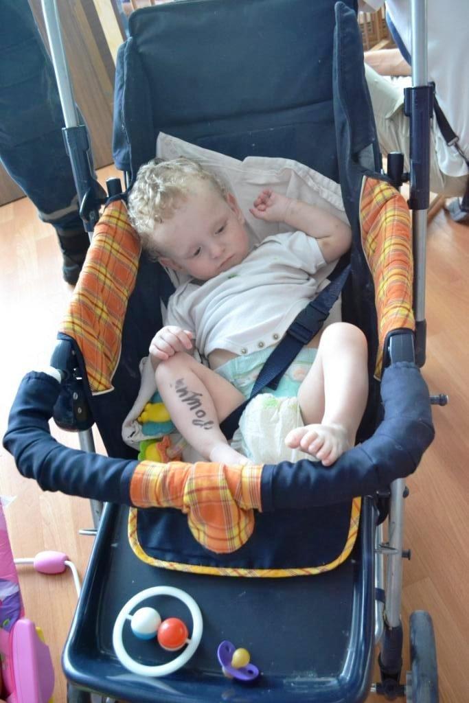В Мариуполе дети-сироты из Донецка нуждаются в ходунках, колясках и памперсах (ФОТОРЕПОРТАЖ), фото-8