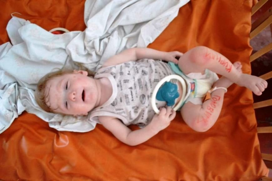В Мариуполе дети-сироты из Донецка нуждаются в ходунках, колясках и памперсах (ФОТОРЕПОРТАЖ), фото-13